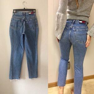 Vintage Tommy Hilfiger Mom jeans frayed hem